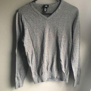 EUC H&M grey long sleeve V neck sweater